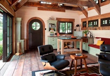 Poze Bucatarie - Coltul de gatit al unei mici case de vacanta rustice