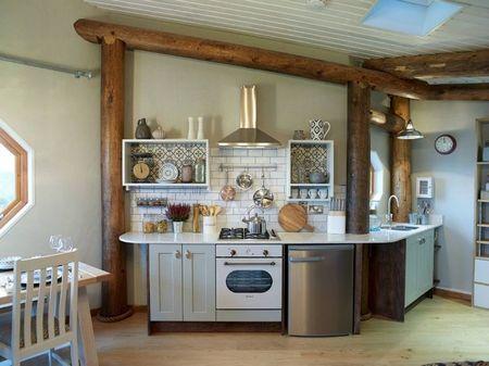 Poze Bucatarie - Intre modern si retro in bucataria unei casute ecologica