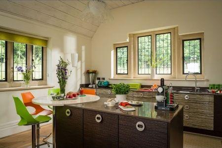Poze Bucatarie - Bucatarie moderna intr-o casa de vacanta