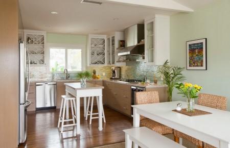 Poze Bucatarie - Culori pastelate intr-o bucatarie moderna