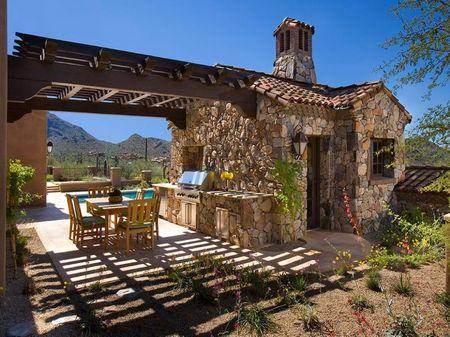 Poze Pergola - Pergola din lemn montata intre casa si bucataria de vara