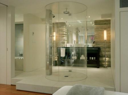 Poze Baie - Intr-o baie de lux nici cabina de dus nu poate fi una comuna - cabina de dus circulara din sticla