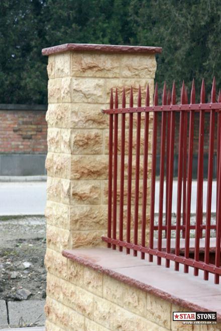 Poze Garduri si porti - Poza gard placat cu piatra decorativa