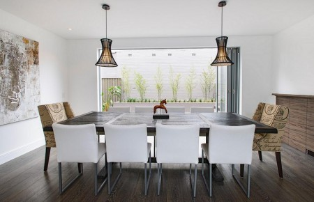 Poze Sufragerie - Intr-un spatiu modern, decoratiunile puncteaza discret amenajarea