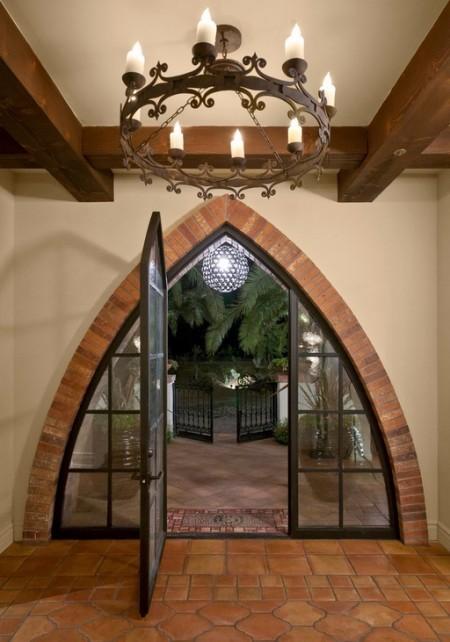 Poze Intrare si hol - Intrare cu accente medievale