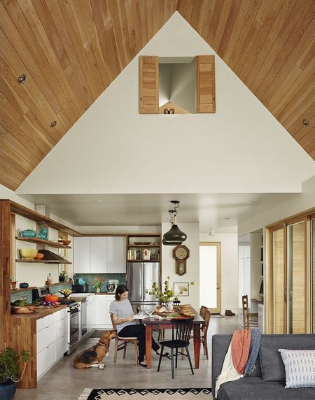 Poze Living - casa-3-dormitoare-interior-1.jpg