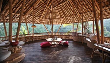 Poze Terasa - Terasa casa din bambus, Satul Verde