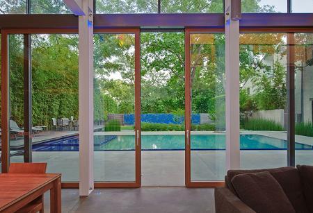 Poze Terasa - Terasa cu acces la piscina