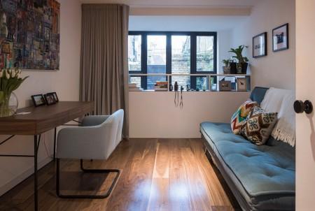 Poze Birou si biblioteca - O canapea extensibila transforma acest birou intr-un dormitor pentru oaspeti