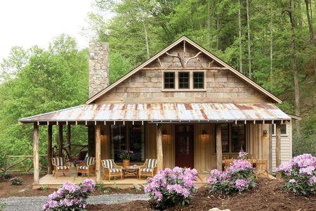 Poze Case lemn - casa-lemn-pridvor.jpg