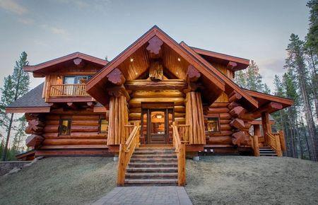 Poze Case lemn - casa-lemn-rotund.jpg