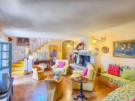 Poze Living - casa-mediteraneana-living-colorat-1.jpg