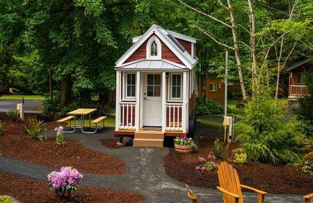 Poze Case lemn - Eleganta stilului clasic la o casa de vacanta din lemn