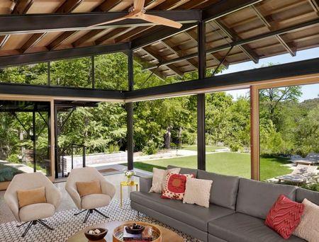 Poze Living - Living modern cu pereti din sticla
