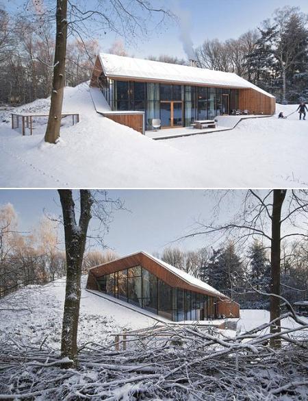 Poze Fatade - Casa intr-o colina artificiala