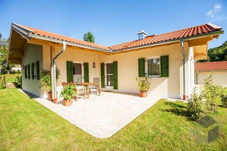 Poze Fatade - casa-parter-dormitor-birou-terasa-exterior-1.jpg