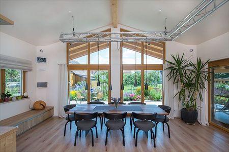Poze Sufragerie - casa-partial-mansardata-gradina-frumoasa-sufragerie.jpg