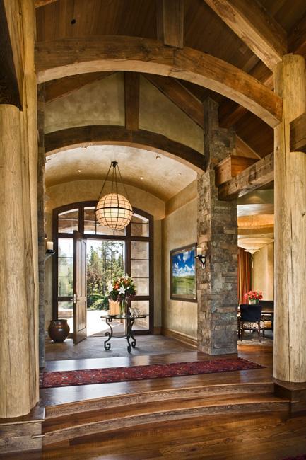 Poze Intrare si hol - casa-rustica-lemn-piatra-7.jpg