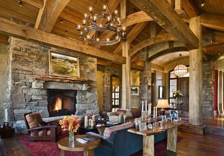 Poze Living - Zona de zi, rustica, cu grinzi masive din lemn si semineu din blocuri de piatra