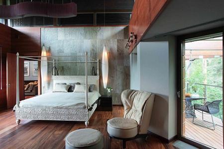Poze Dormitor - Dormitor cu mult lemn furniruit
