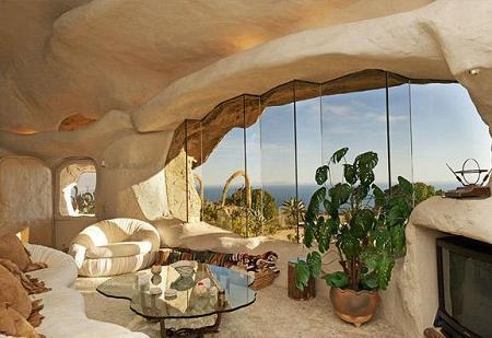 Poze Living - casa-stanca-caverna-living.jpg