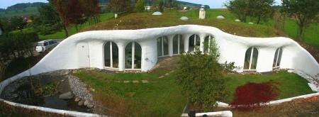 Poze Fatade - Casa subterana construita in Elvetia