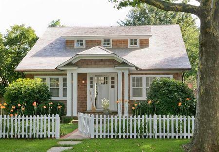 Poze Fatade - O casa incantatoare prin arhitectura si cromatica