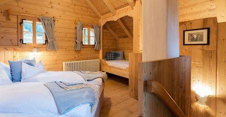 Poze Dormitor - Dormitorul unei case traditionale din lemn