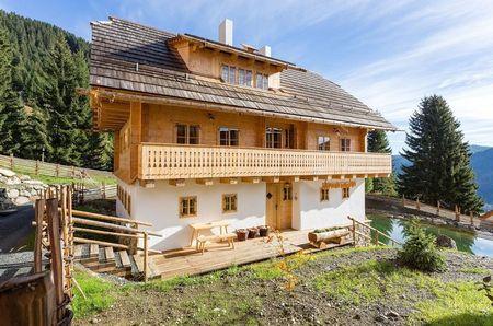 Poze Fatade - Casa de vacanta montana