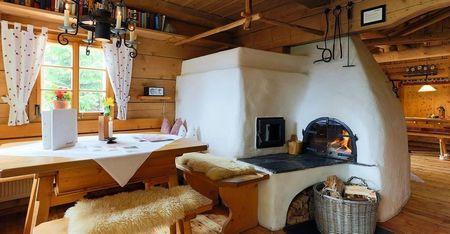 Poze Seminee - casa-traditionala-lemn-austria-soba-semineu-cuptor.jpg