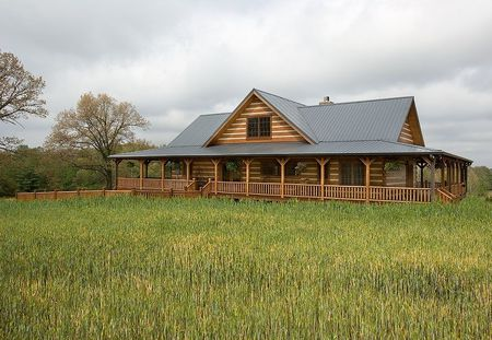 Poze Case lemn - casa-vacanta-lemn-masiv-busteni-calibrati-exterior-2.jpg