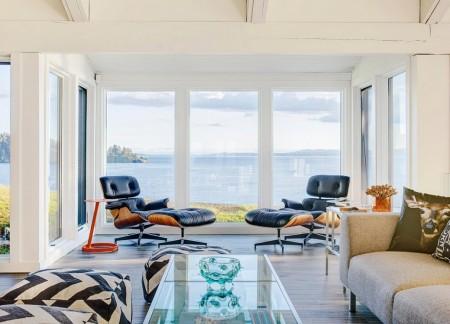 Poze Living - Priveliste superba din livingul unei case de vacanta construita pe malul oceanului