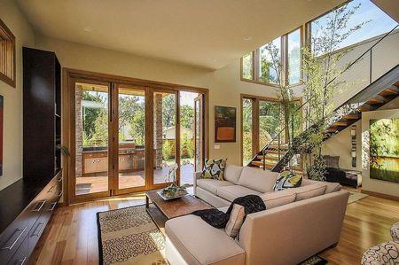 Poze Living - casa-verde-prefabricata-living-modern-1.jpg