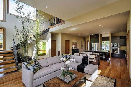 Poze Living - Zona de zi deschisa intr-o casa moderna