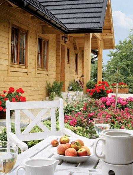 Poze Case lemn - casa-vis-tara-lemn-masiv-exterior-2.jpg