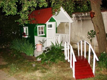 Poze Locuri de joaca - Casuta cu veranda Clara
