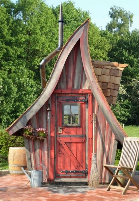 Poze Casute de gradina - Care gradinar nu si-ar dori o astfel de casuta in gradina sa?