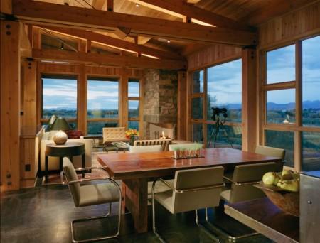 Poze Sufragerie - Decor modern intr-o casa de vacanta din lemn