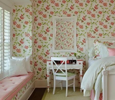 Poze Dormitor - Dormitor shabby chic decorat cu motive florale