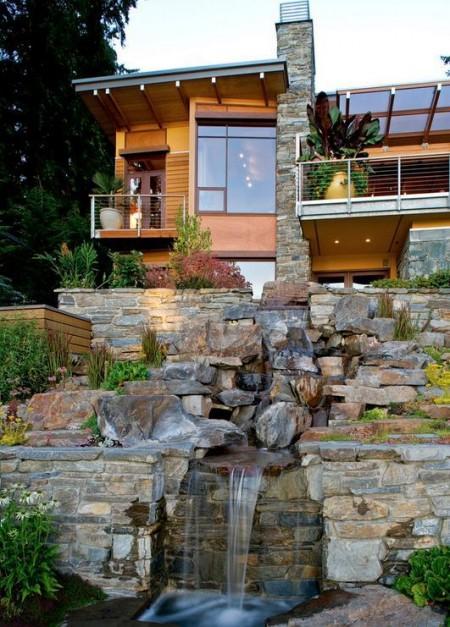 Poze Cascada si iaz - Teren in panta folosit pentru realizarea unei cascade