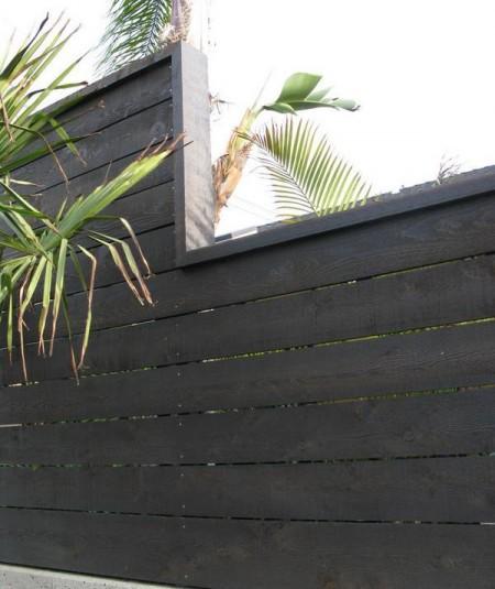 Poze Garduri si porti - Gard din lemn cu un design modern