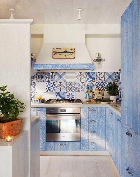 Poze Bucatarie - Tema nautica de decorare a bucatariei, cu albastrul ca si culoare vedeta