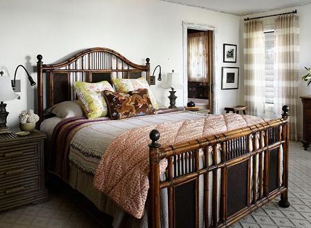 Poze Dormitor - Pat de lemn, cu aspect rustic