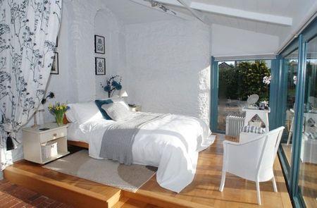 Poze Dormitor - Dormitorul incantator al unei case vechi