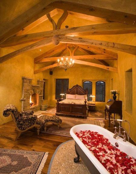 Poze Dormitor - Atmosfera romantica in dormitorul matrimonial al unei case naturale