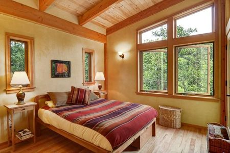 Poze Dormitor - Finisaje naturale intr-un dormitor matrimonial incantator