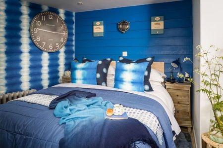 Poze Dormitor - Albastrul in dormitor matrimonial