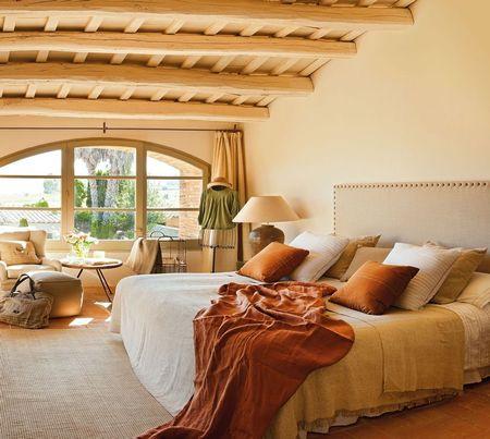 Poze Dormitor - dormitor-piatra-casa-stil-mediteranean-1.jpg