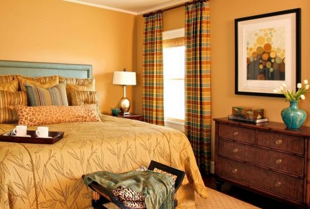 Poze Dormitor - Dormitor traditional decorat in culori calde