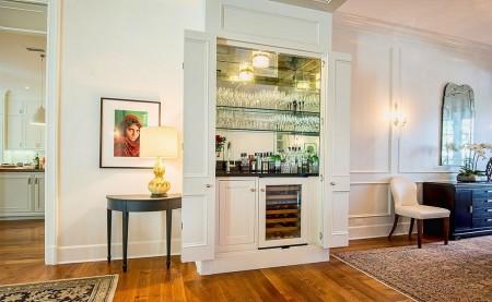 Poze Bar - Barul-dulap este indicat atunci cand aveti copii in casa